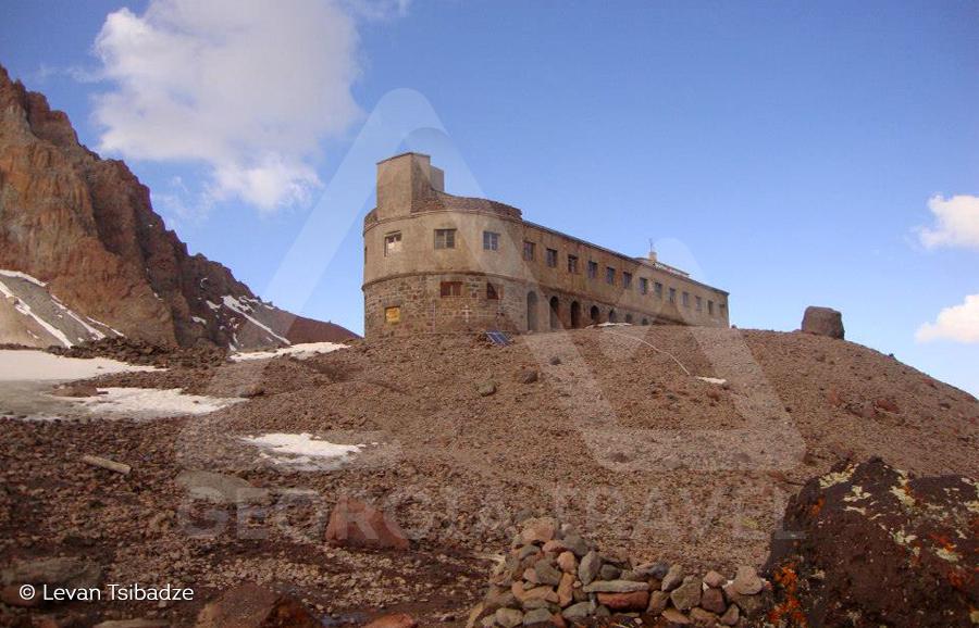 Tour to Mount Kazbek